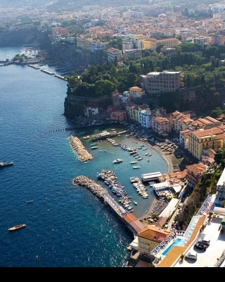 Sorrento Shore excursions by APTours