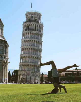 Have fun with photo stop at the Leaning Tower of Pisa
