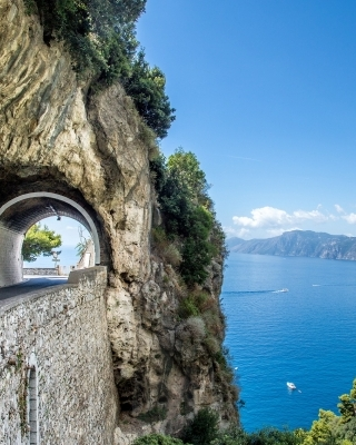 Private shore excursions from Amalfi Port